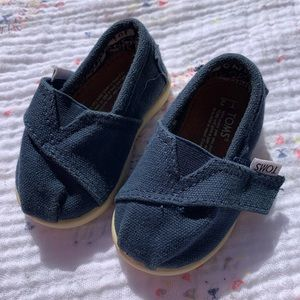 TOMS Infant Classics